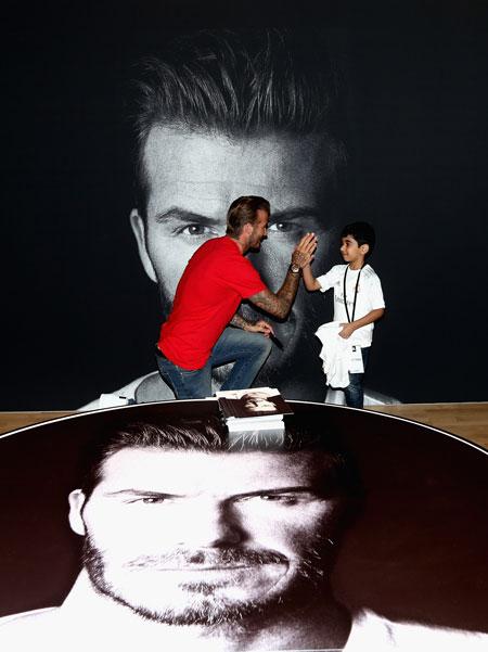 David-Beckham-a-inaugurat-un-magazin-Adidas-in-Dubai-02