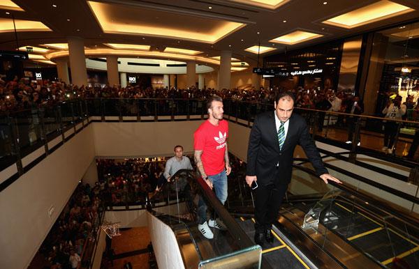 David-Beckham-a-inaugurat-un-magazin-Adidas-in-Dubai-04