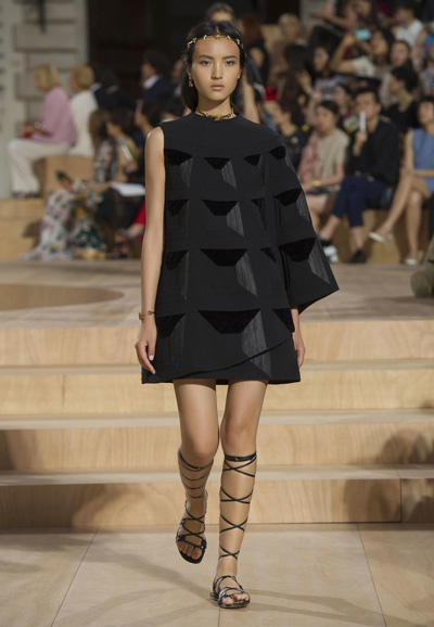 Valentino-Couture-Toamna-Iarna-2015-2016-003