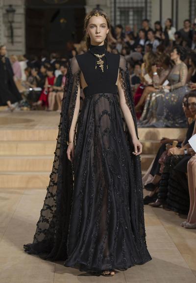 Valentino-Couture-Toamna-Iarna-2015-2016-009