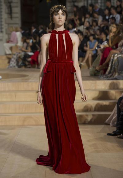 Valentino-Couture-Toamna-Iarna-2015-2016-011