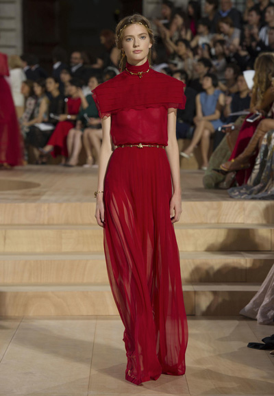Valentino-Couture-Toamna-Iarna-2015-2016-019