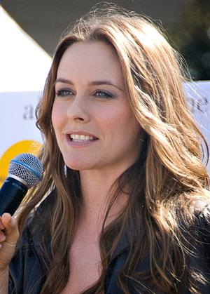 top-sexi-staruri-vegetariene-2015-Alicia-Silverstone