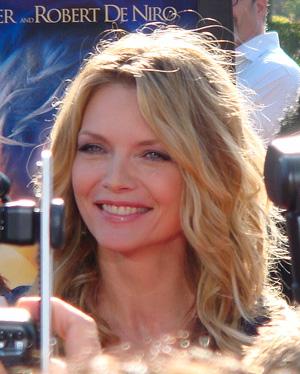 top-sexi-staruri-vegetariene-2015-Michelle-Pfeiffer