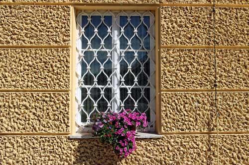 locuinte-santaoasa-fereastra