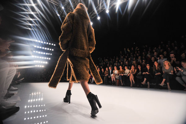 32-a-editie-Mercedes-Benz-Fashion-Week-Rusia