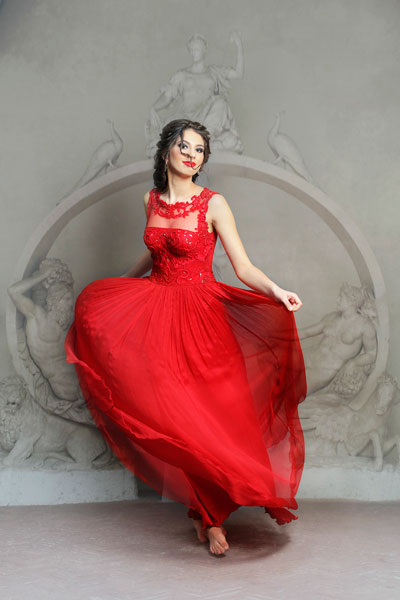 rochie-de-seara-rosie-matase-naturala-creponata--dantela-gabriel's-fashion