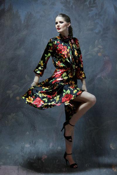 rochie-matase-naturala-cu-esarfa-la-gat-imprimata-flori-gabriel's-fashion