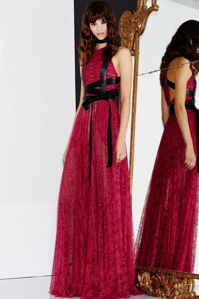 vestimentatie-femei-tendinte-toamna-iarna-2016-2017-zuhair-murad