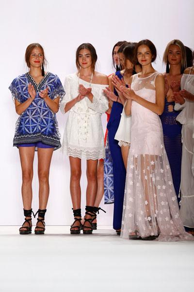 moda-femei-2017-in-colectia-Laurel-iVIVA-LA-VIDA-primavara-vara