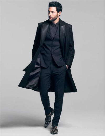despre-model-de-top-Noah-Mills