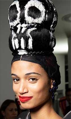 Fantezia trebuia sa aiba loc pe podiumul celor mai importante tendinte hairstyle primavara vara 2020.