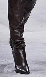 Aceste cizme ofera o eleganta aparte si isi merita pe deplin locul in cele mai importante tendinte incaltaminte 2020.