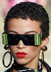 Protectia suplimentara este prezenta in principalele tendinte ochelari de soare 2020.