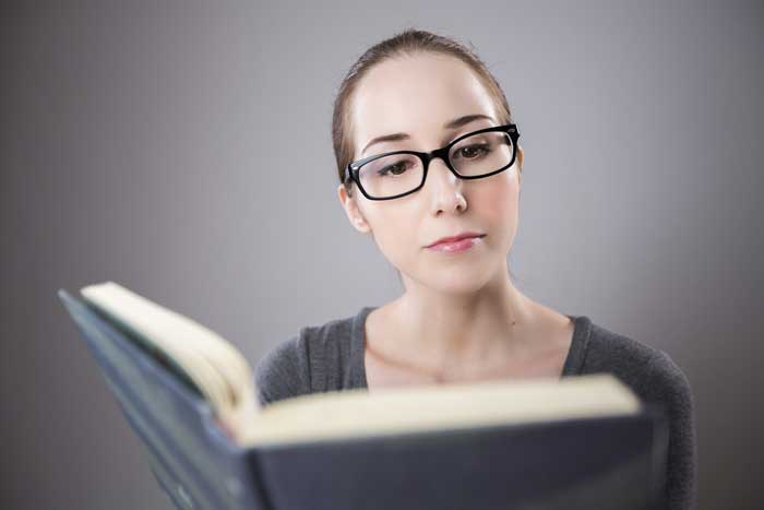 De ce o carte se vrea recitita? Fie pentru ca a produs o emotie puternica, placuta sau nu, si la un timp distanta se doreste verificarea intesitatii emotiei