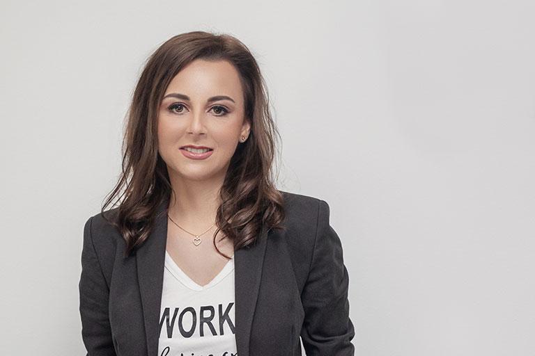 Cristina Gadei se incadreaza in categoria persoanelor de succes.