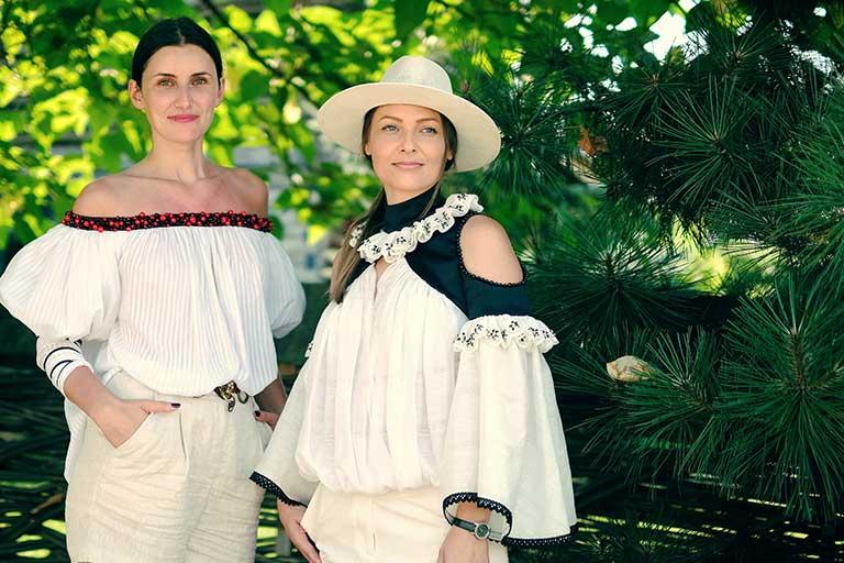 LinIE este colectia capsula lansata de brandul romanesc IE Clothing si inspirata din portul traditional romanesc.