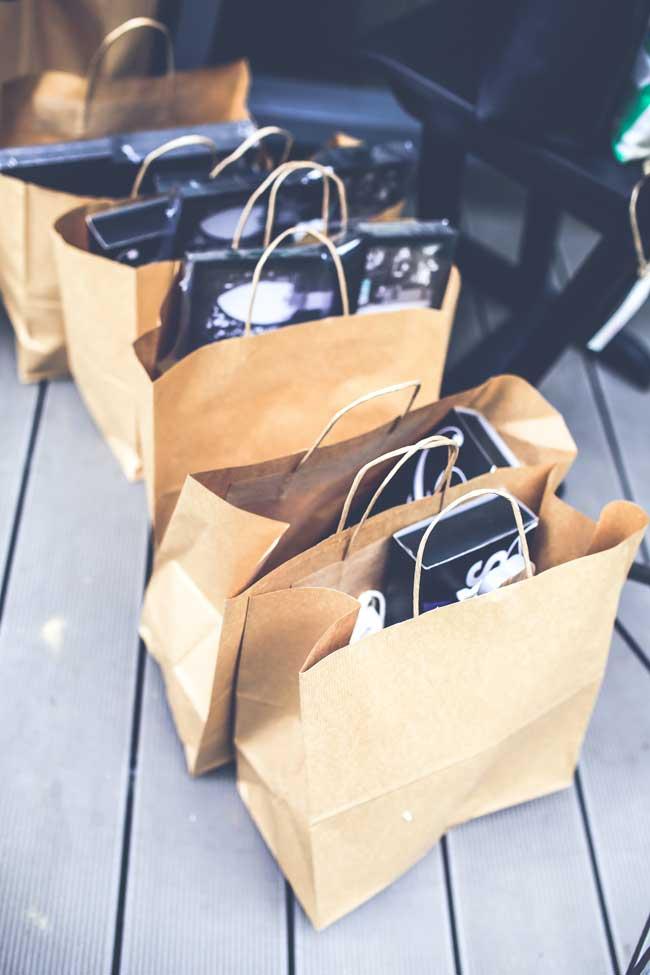 Termenul de cumparaturi intuitive face referire la eliminarea unor bariere restrictive pe care le avem in relatia cu marketingul, cumparaturile si tot ce inseamna aparitii media legate de acest subiect.