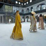 Mercedes-Benz Fashion Week Istanbul 2020 invită toti fanii modei sa vada evenimentul in perioada 12-16 octombrie in cadrul primei editii total digitale a MBFWI.