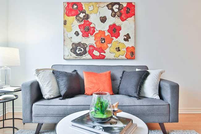 Cum iti aranjezi camera/ decorarea insasi este decorarea ta, este modul in care te imbraci tu, este stilul tau personal acolo si cel mai bine este sa decorezi casa, asa cum te imbraci tu!
