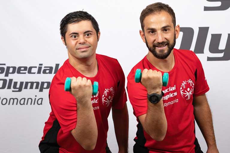 Lideri prin sport – Programul de Advocacy pentru Persoanele cu Dizabilitati Intelectuale - proiect inceput de Fundatia Special Olympics din Romania (FSOR).