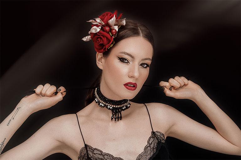 Rujul rosu reprezinta unul dintre cele mai populare instrumente de infrumusetare pentru femei.