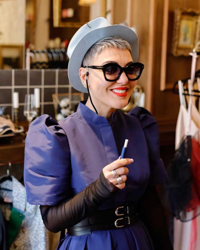 Aleksandrina Mihaylova anunta lansarea magazinului LOVA, un boutique menit sa fuzioneze cu indrazneala, imaginatia si sensibilitatea.