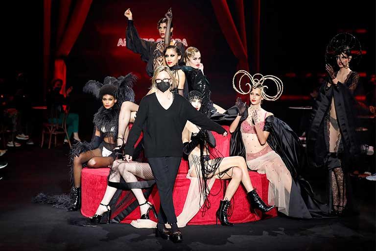 MBFWMadrid 8-11 aprilie la IFEMA: cea mai importanta intrunire a industriei modei spaniole, are loc iarasi intr-un format hibrid,