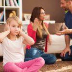 Violenta domestica este prezenta in multe familii sub diverse forme si indiferent de intensitatea ei, primii afectati sunt copiii.