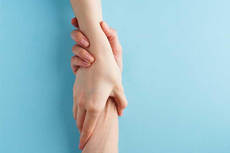 Compasiunea este o insusire a fiecaruia dintre noi, mai pronuntata in cazul unora sau mai putin - in cazul altor persoane.