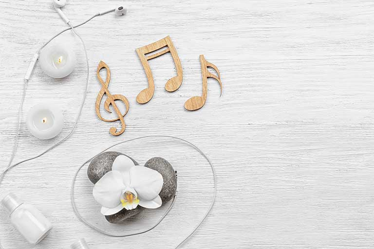Exista persoane care afirma ca cel mai bun medicament este rasul, altele, muzica; cel mai sigur, ambele sunt benefice!
