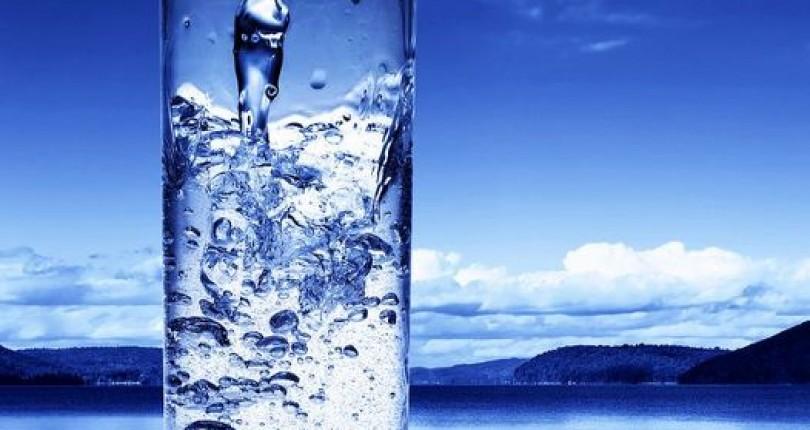 Beneficiile uimitoare ale apei. 6 efecte vizibile