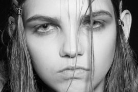 Biografie model Molly Bair