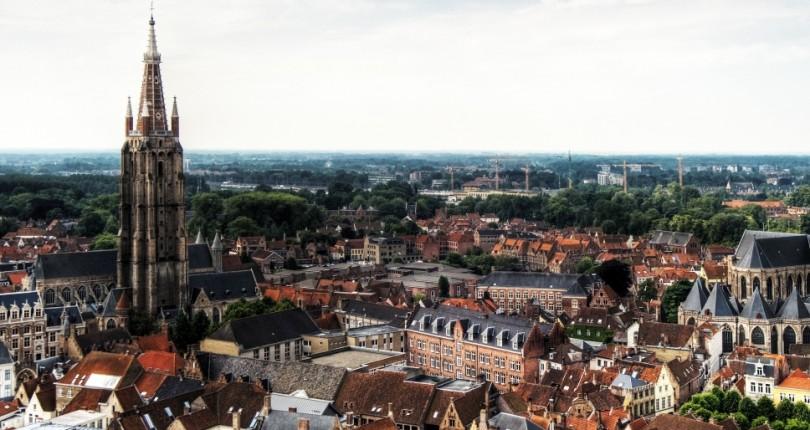 O Bijuterie a Arhitecturii Medievale – Bruges
